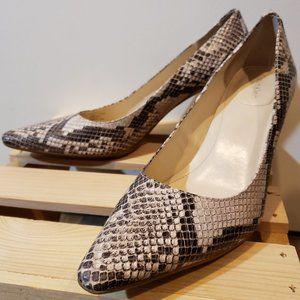 Gorgeous Calvin Klein snakeskin heels